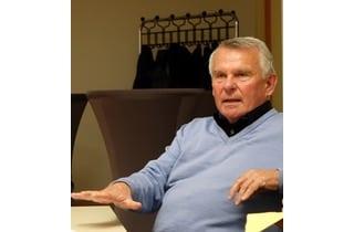 Beitragsbild Gerhard Nies beim Unternehmergespräch im Lausitz Lab